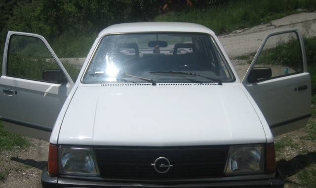 Slika 1983 Opel Kadett